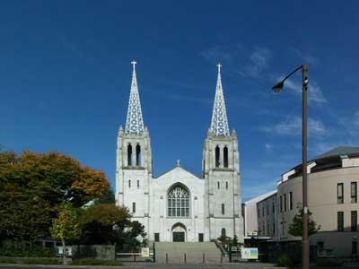 布池教会.jpg