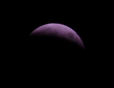 141008_皆既月食ちょいまえ.jpg