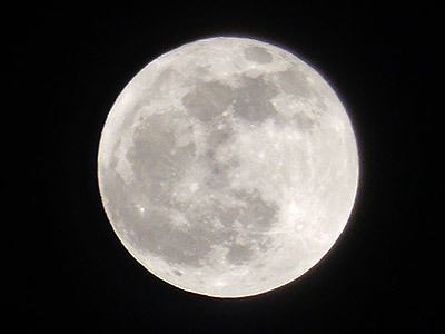 191212_今年最後の満月.jpg