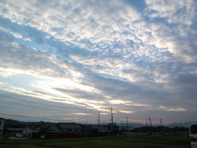 oo121022_空.jpg